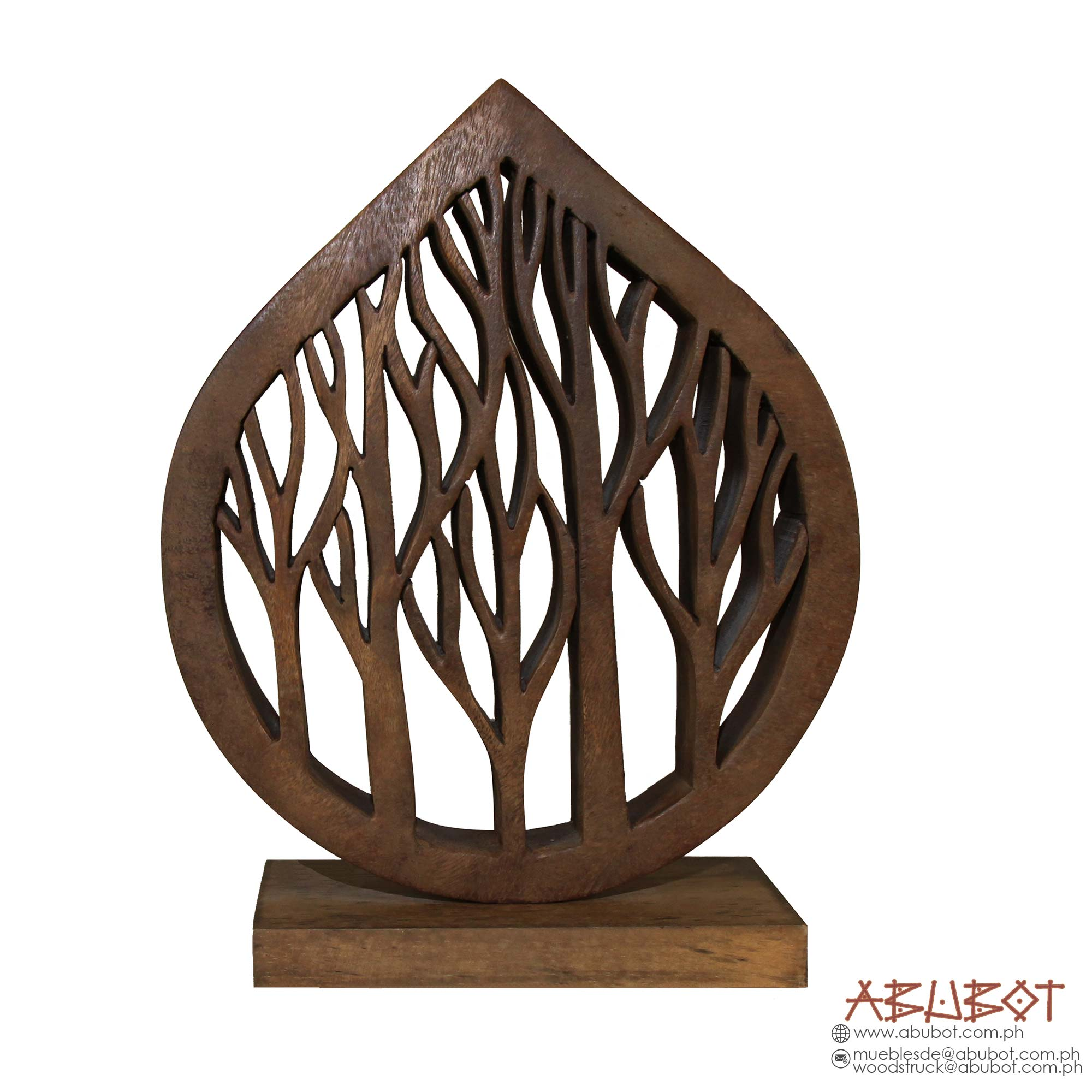 PAT 406 : WOODEN SCULPTURE ON BASE